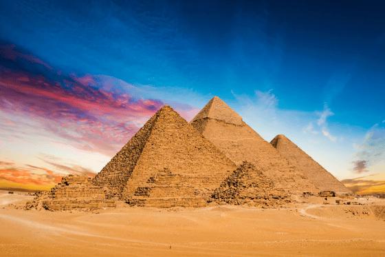pyramidsGiza
